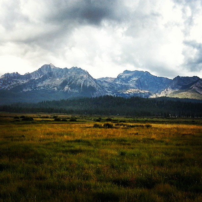 sawtooth-mountains-idaho